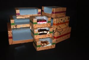 Pudełka na torty, ciasta i muffinki 'Złote'